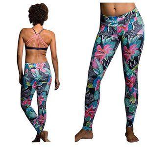 ONZIE High Rise Leggings Tropical Floral Print M/L